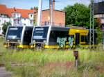 -br-1-2664-jt42cwrm-class-77-auch-247-cc-77000/346048/seit-einem-jahr-stehen-diese-zwei  Seit einem Jahr stehen diese zwei Triebwagen schon in Stendal .